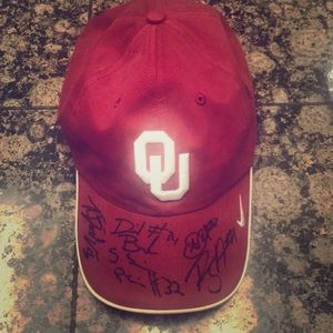 Official Nike Oklahoma team hat (2014)